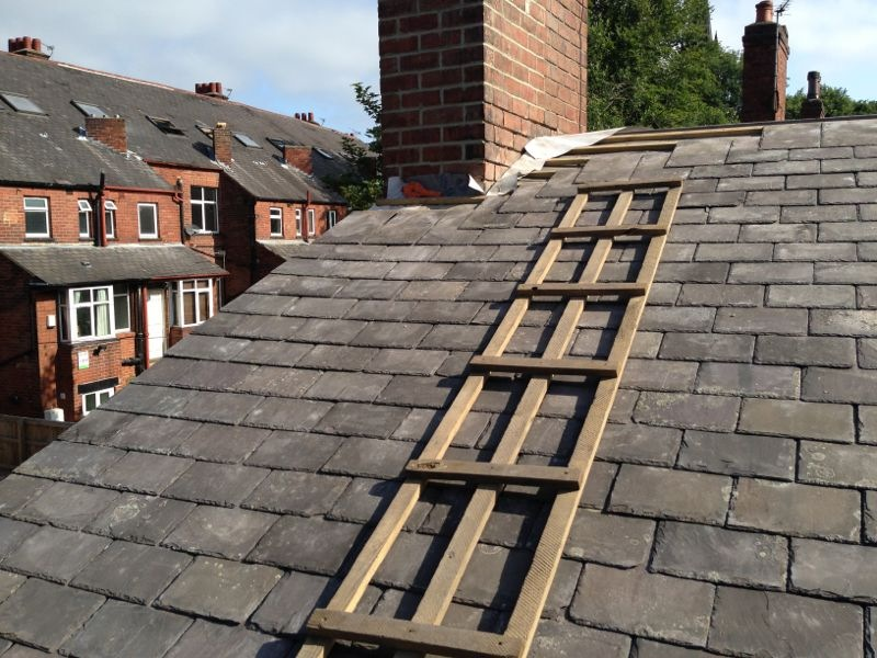 Reclaimed Welsh slate roof covering
