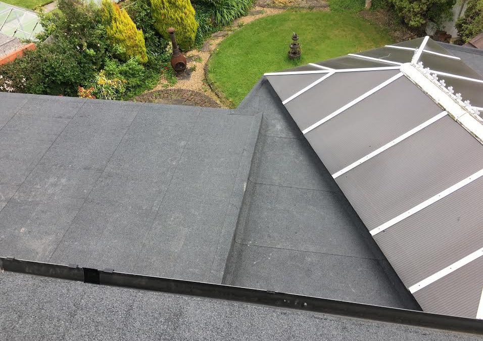 Flat roof system in Leeds 16